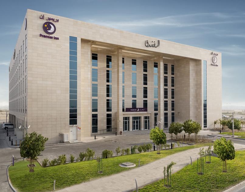 فندق بريمير إن بمدينة الدوحة التعليمية