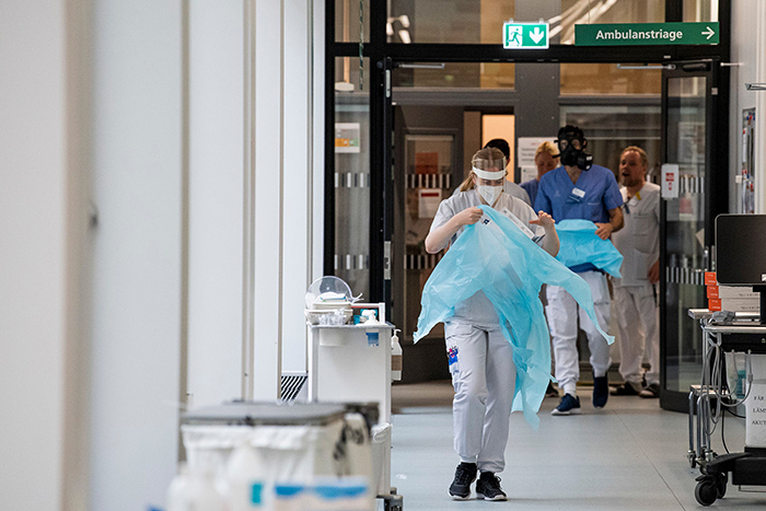 الصحة العالمية: كورونا لن يختفي أبدا من مجتمعاتنا